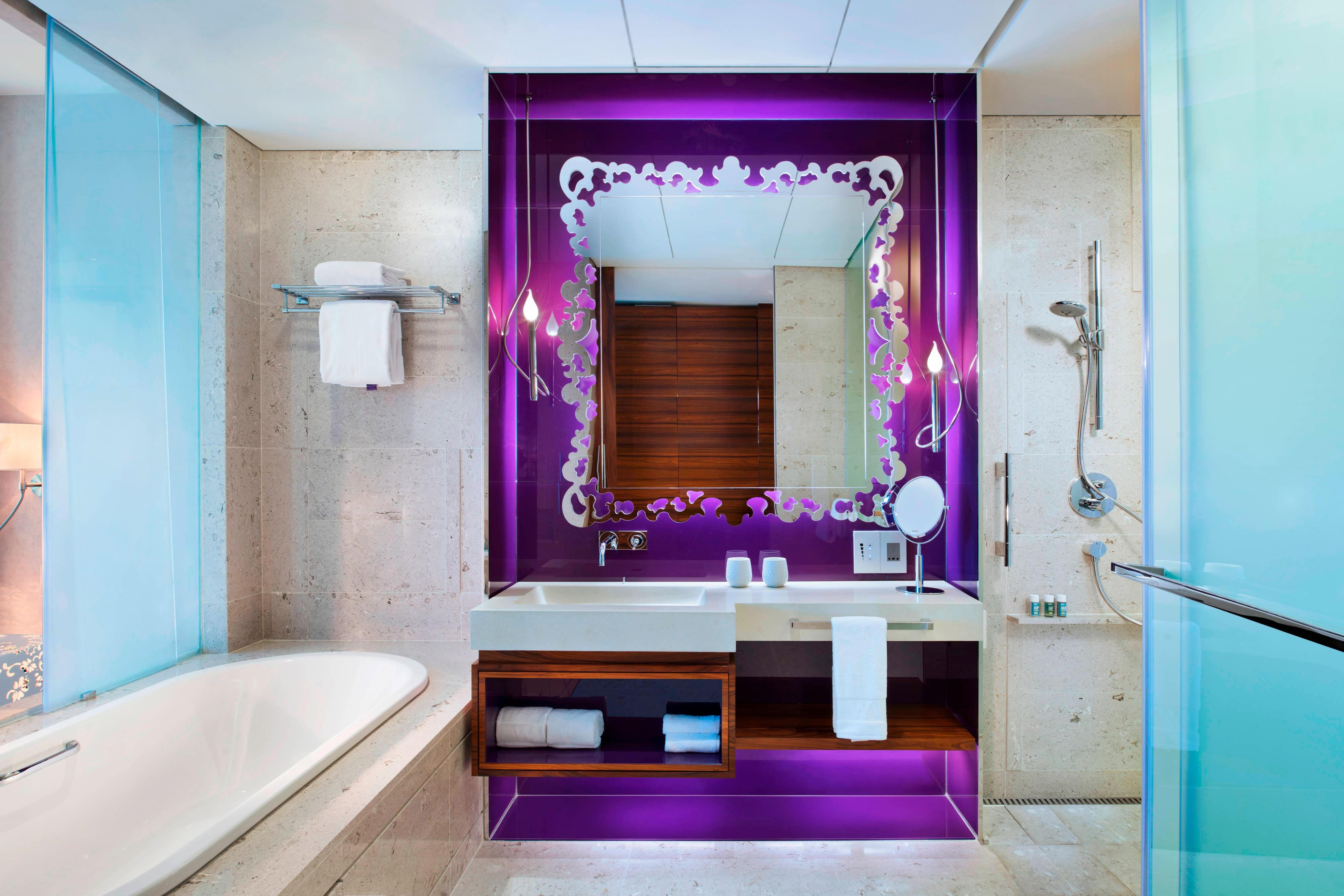 Fabulous Room - Bathroom