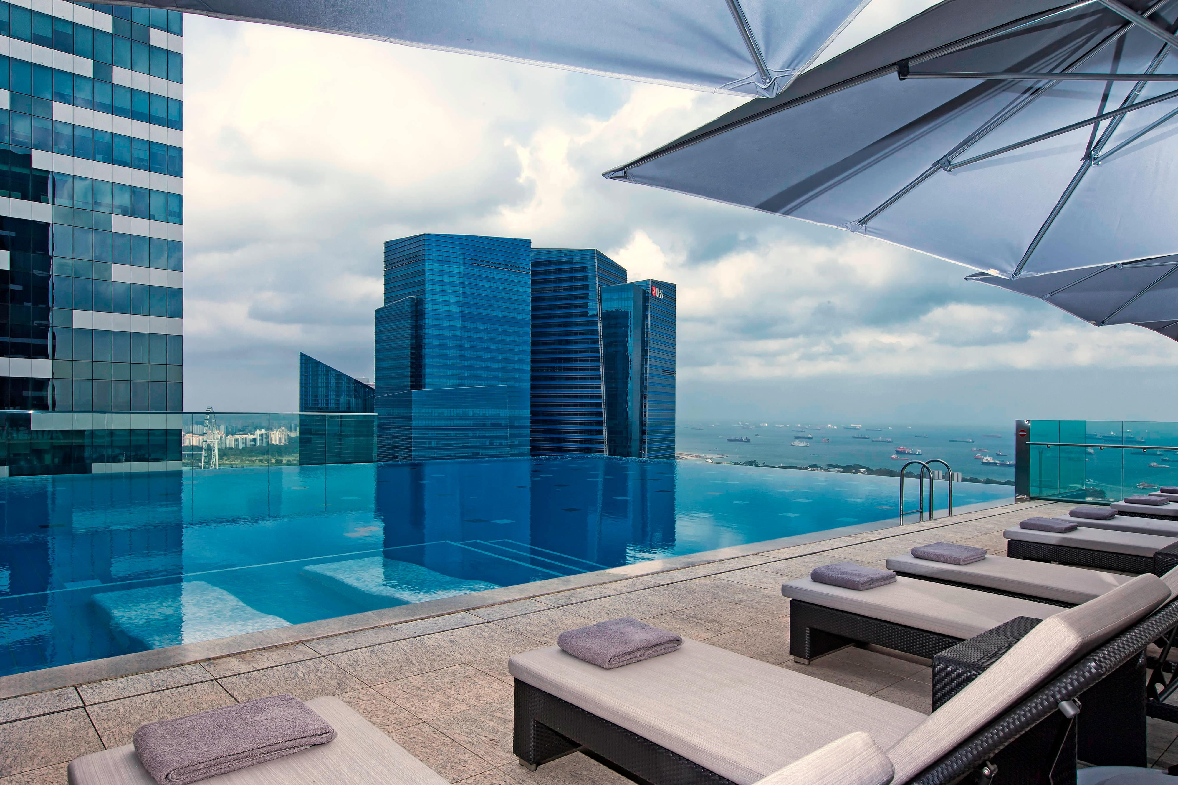 Wellness hotel in singapore the westin singapore - Fitness first swimming pool singapore ...