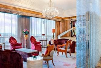 总统套房 - 起居室