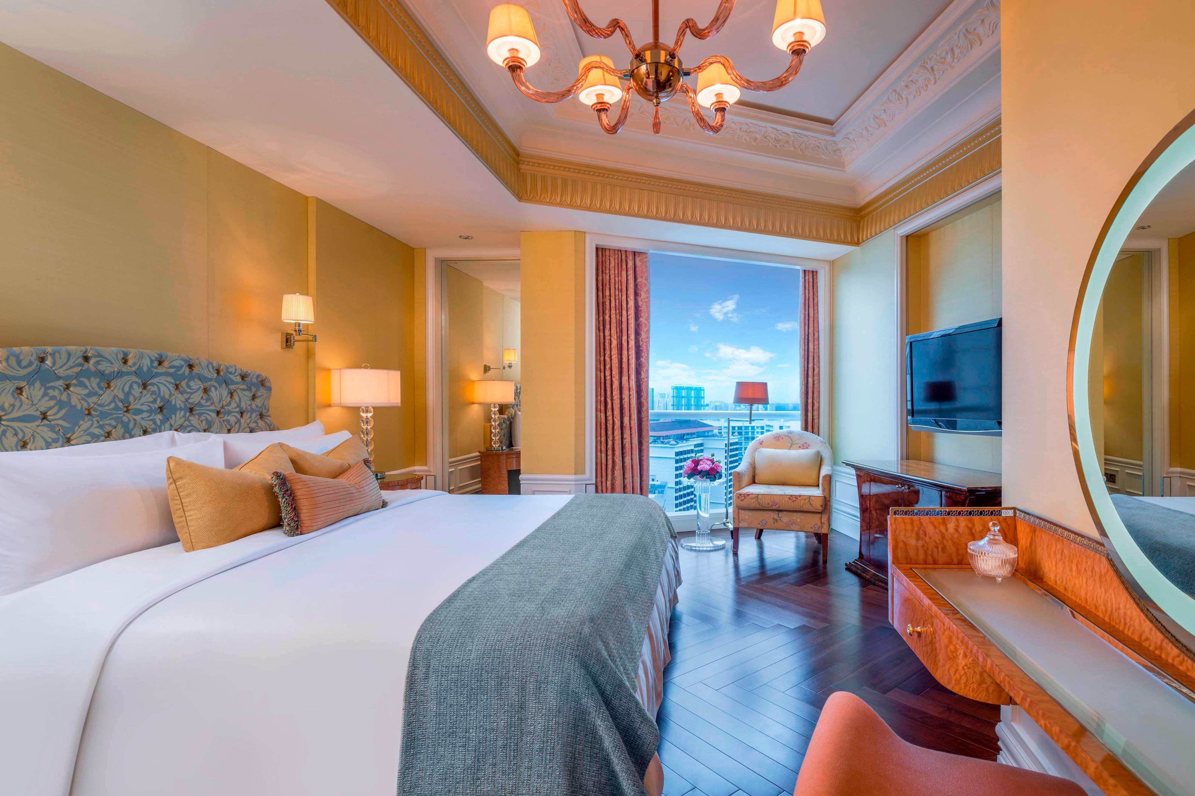 Specialty Suite - Bedroom