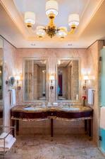 卡洛琳艾斯特套房 - 浴室