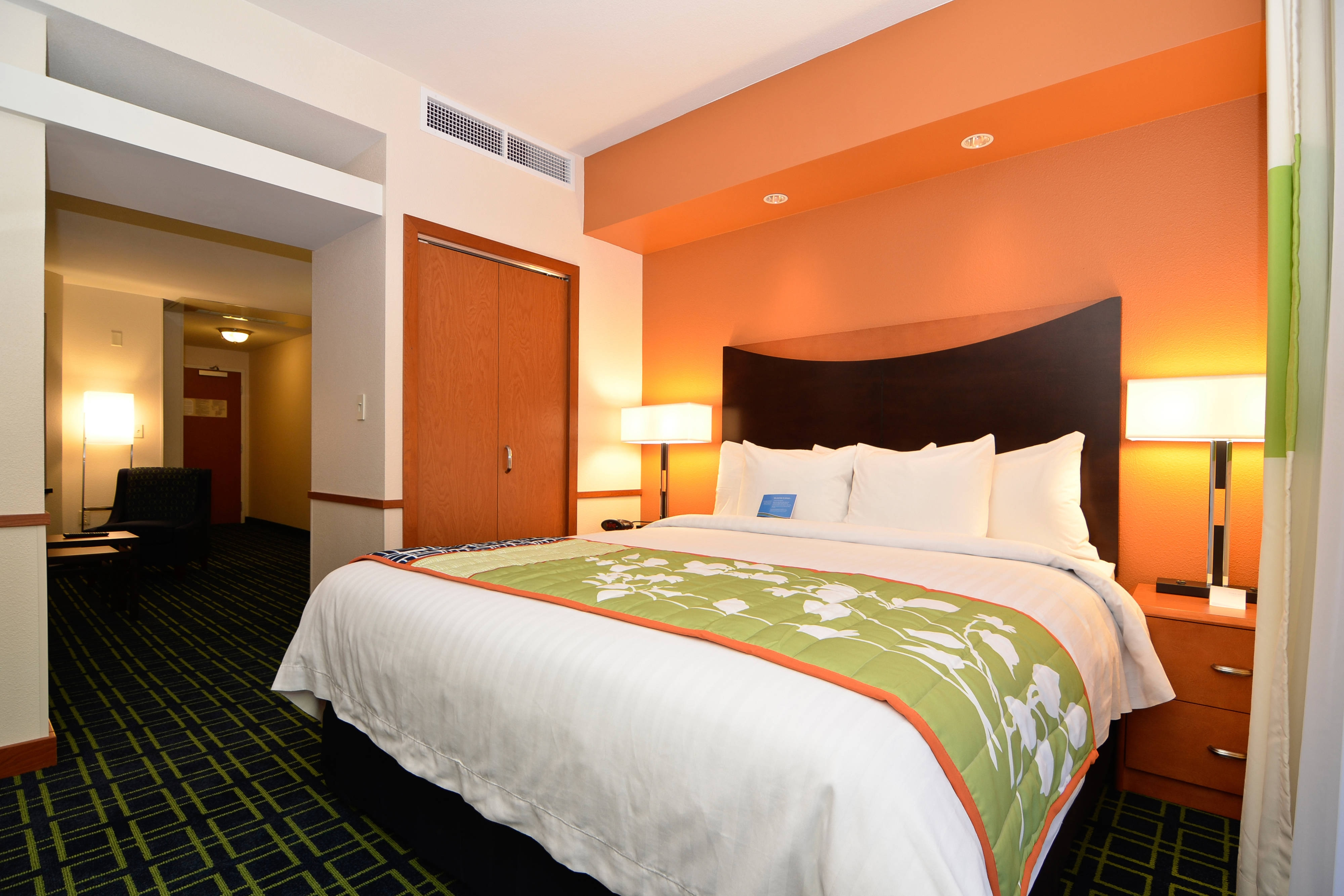 King Executive Suite - Bedroom