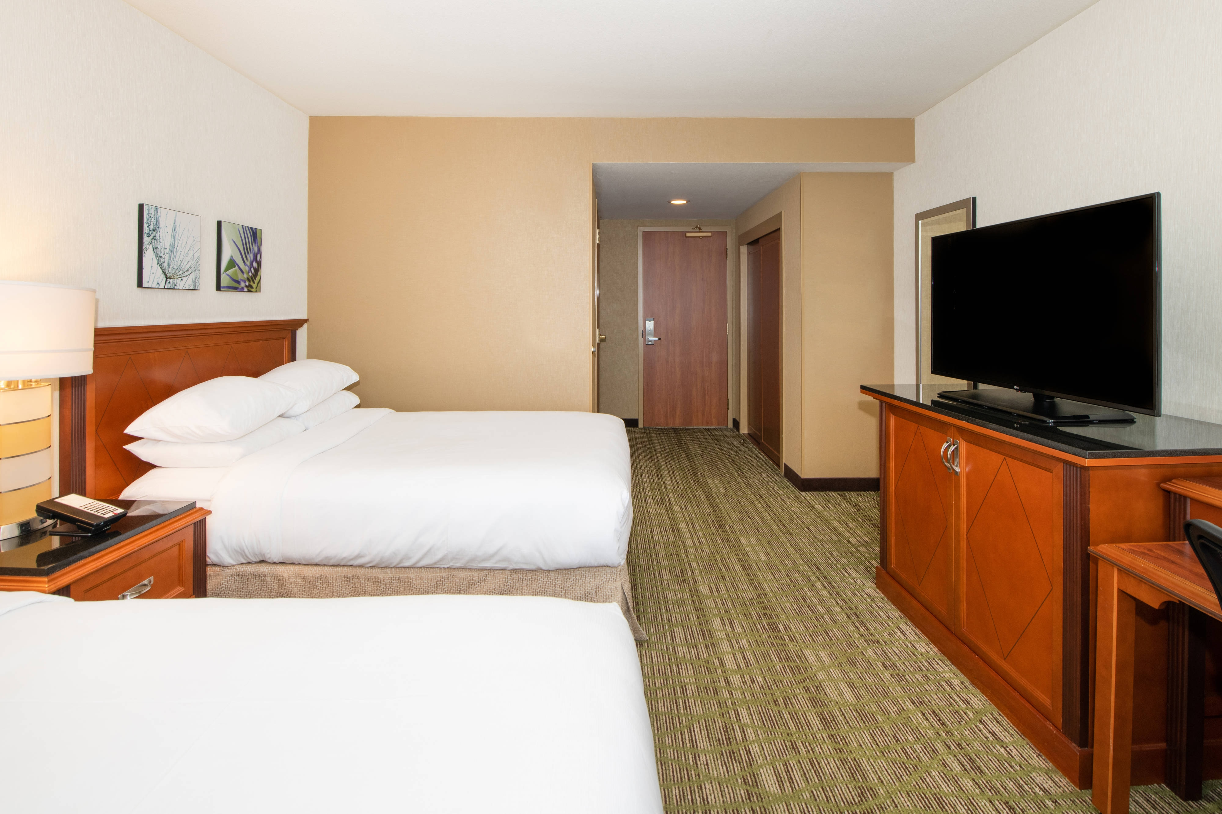 Habitación con dos camas dobles