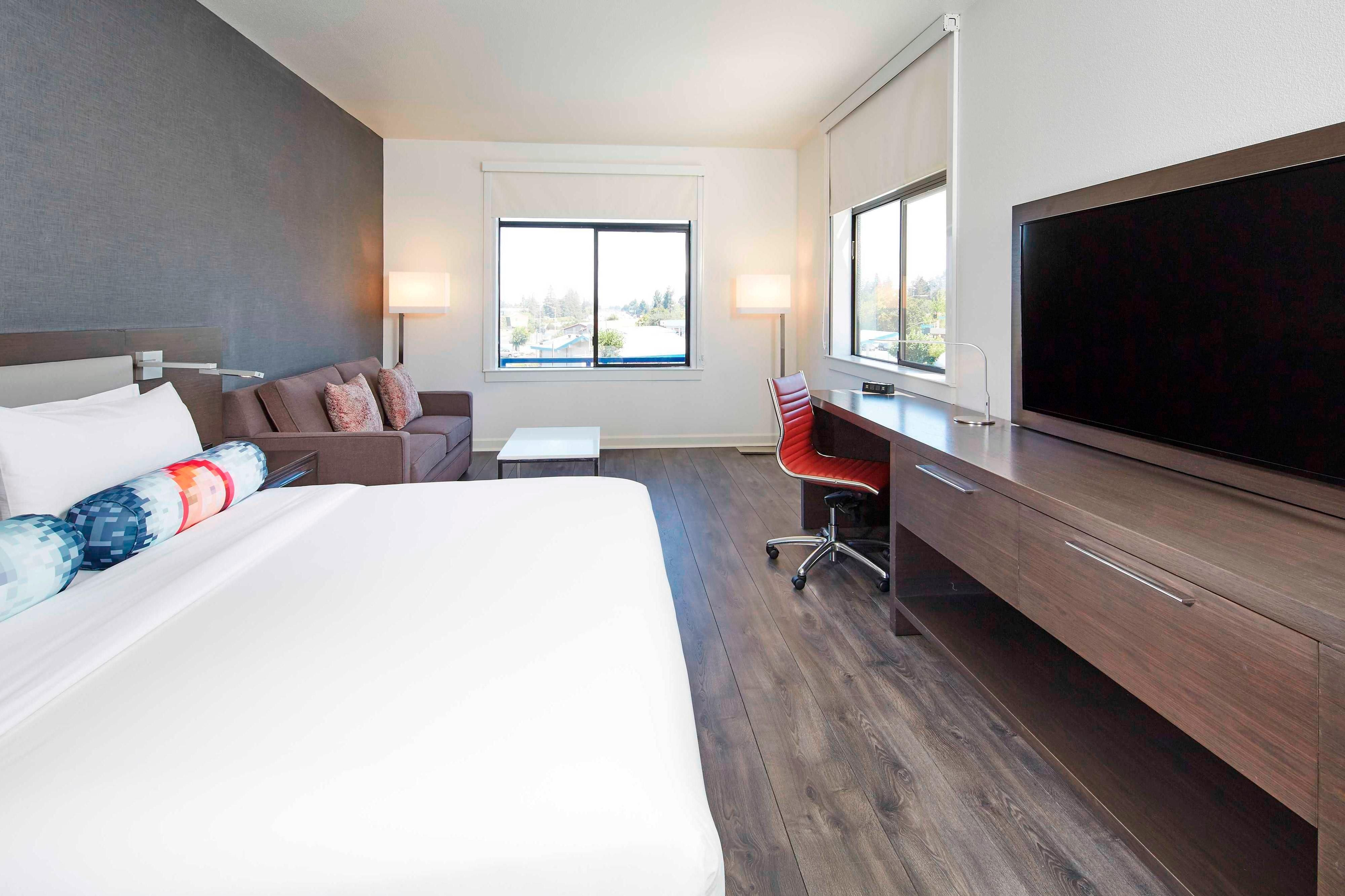 Aloft Guest Room