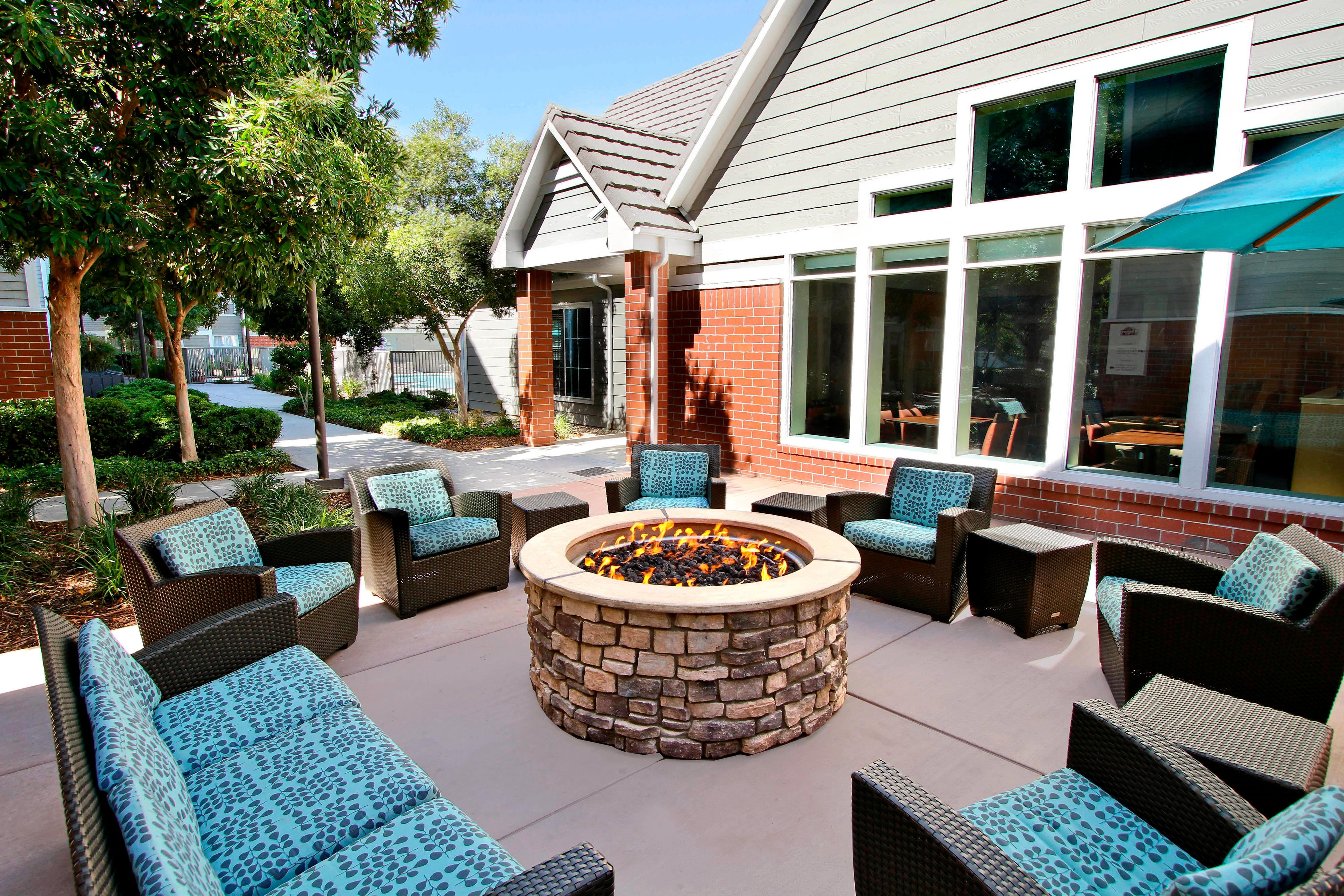 Residence Inn Milpitas Silicon Valley Fire Pit