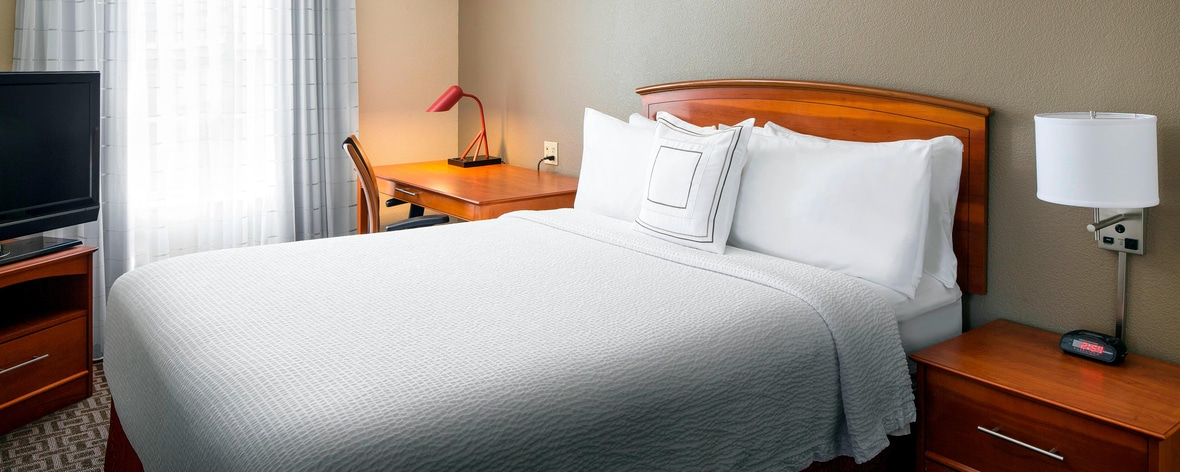 Astounding Extended Stay Milpitas Hotels Towneplace Suites Milpitas Evergreenethics Interior Chair Design Evergreenethicsorg
