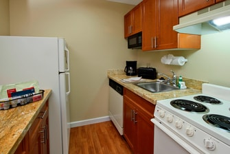 TownePlace Suites Studio Kitchen