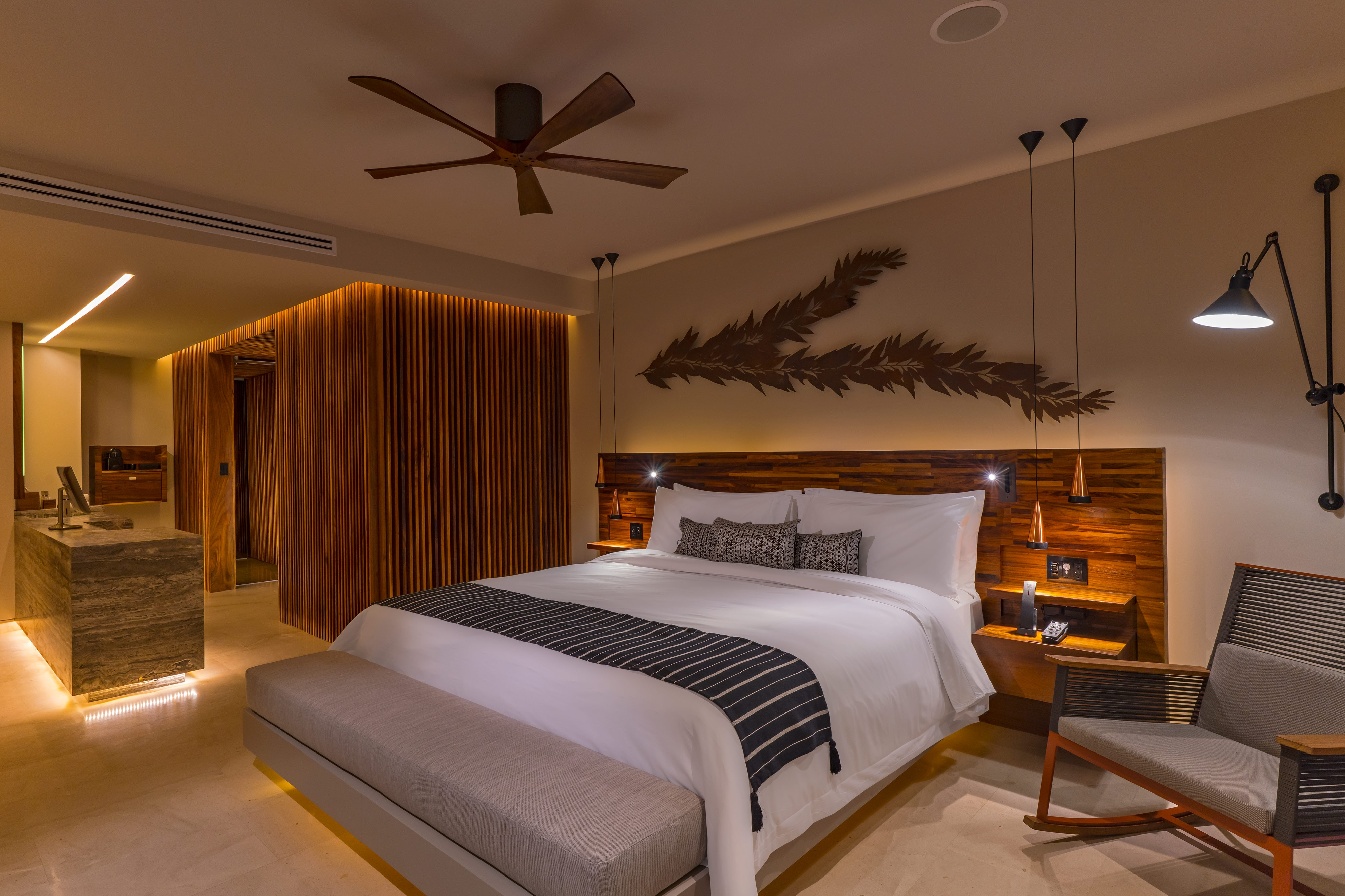 King Grand Guest Room