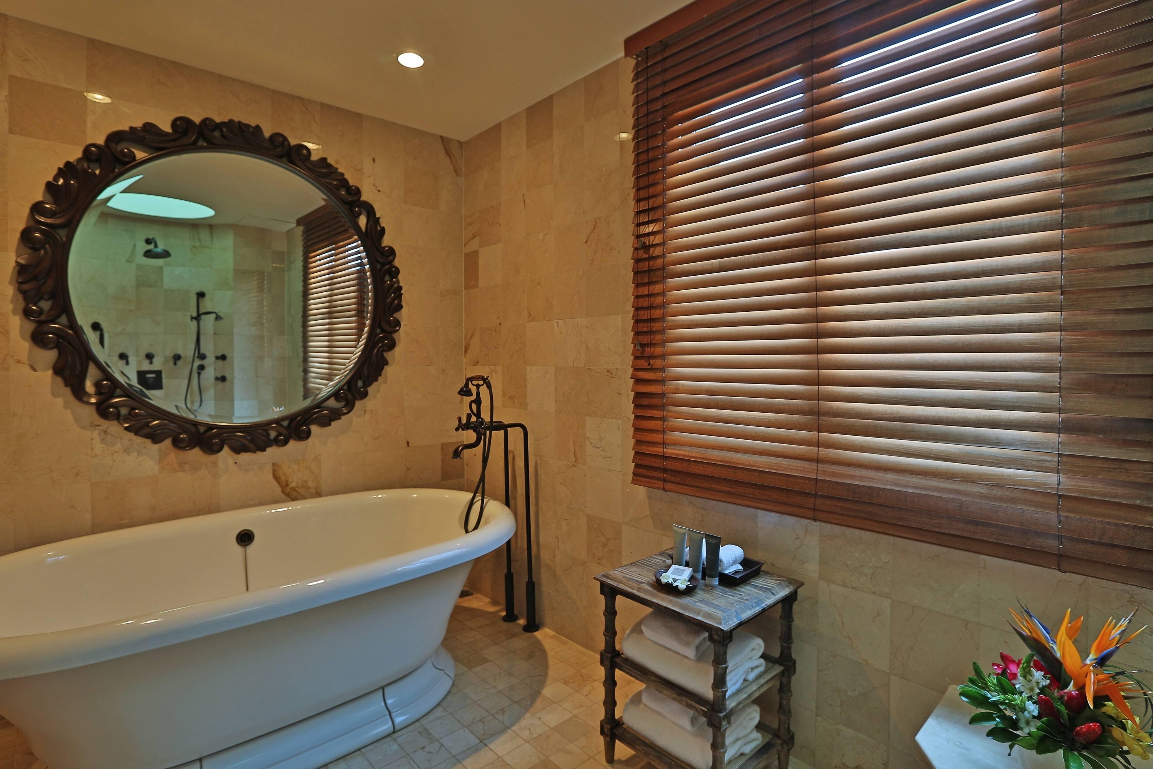 Baño de la suite del resort en Guanacaste