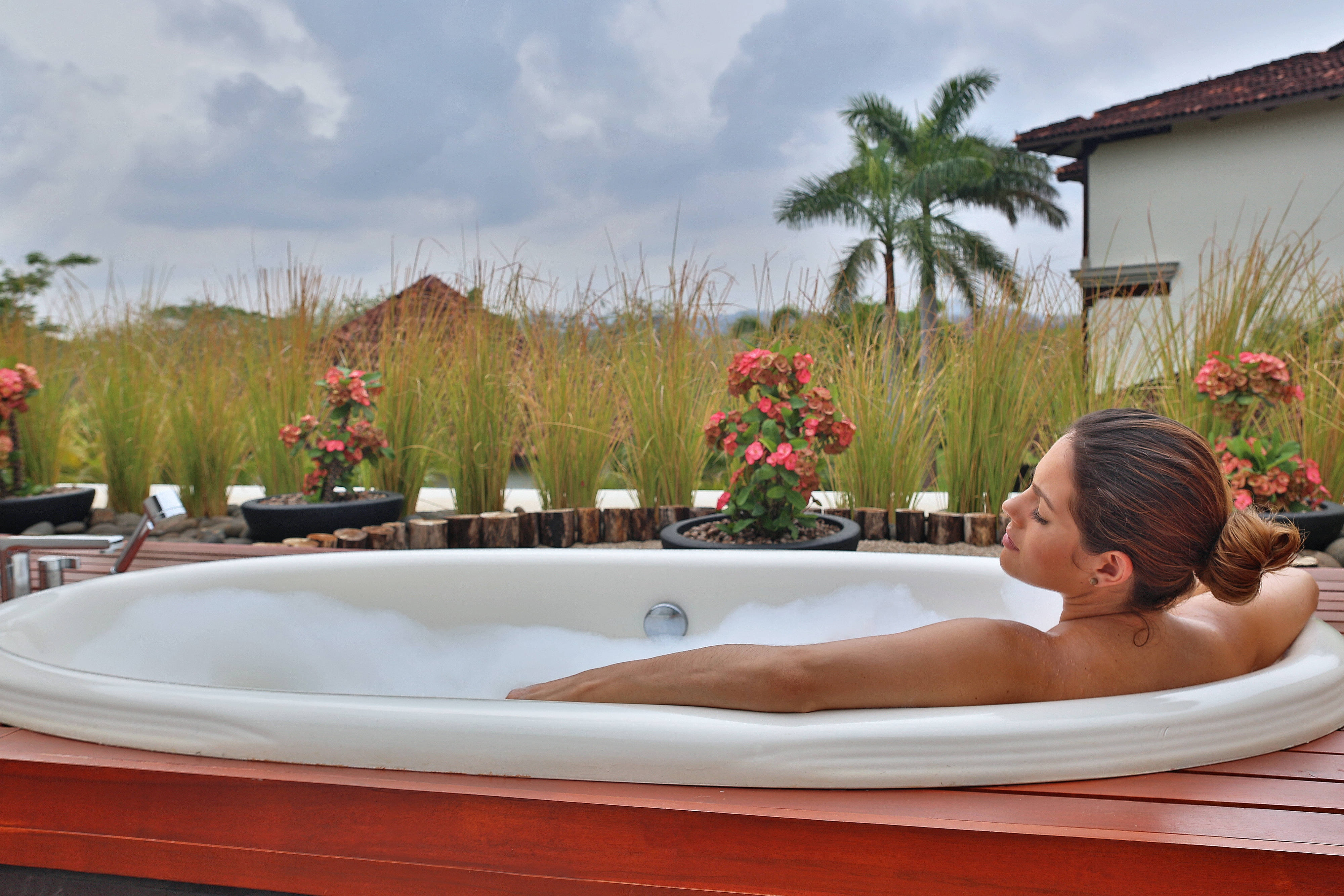 Outdoor spa treatment Guanacaste
