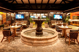Restaurantes en centro vacacional de golf en Costa Rica