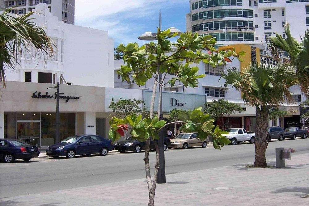 Lojas na Ashford Avenue em San Juan