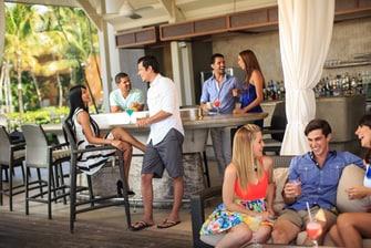 Sirena Beachfront Bar