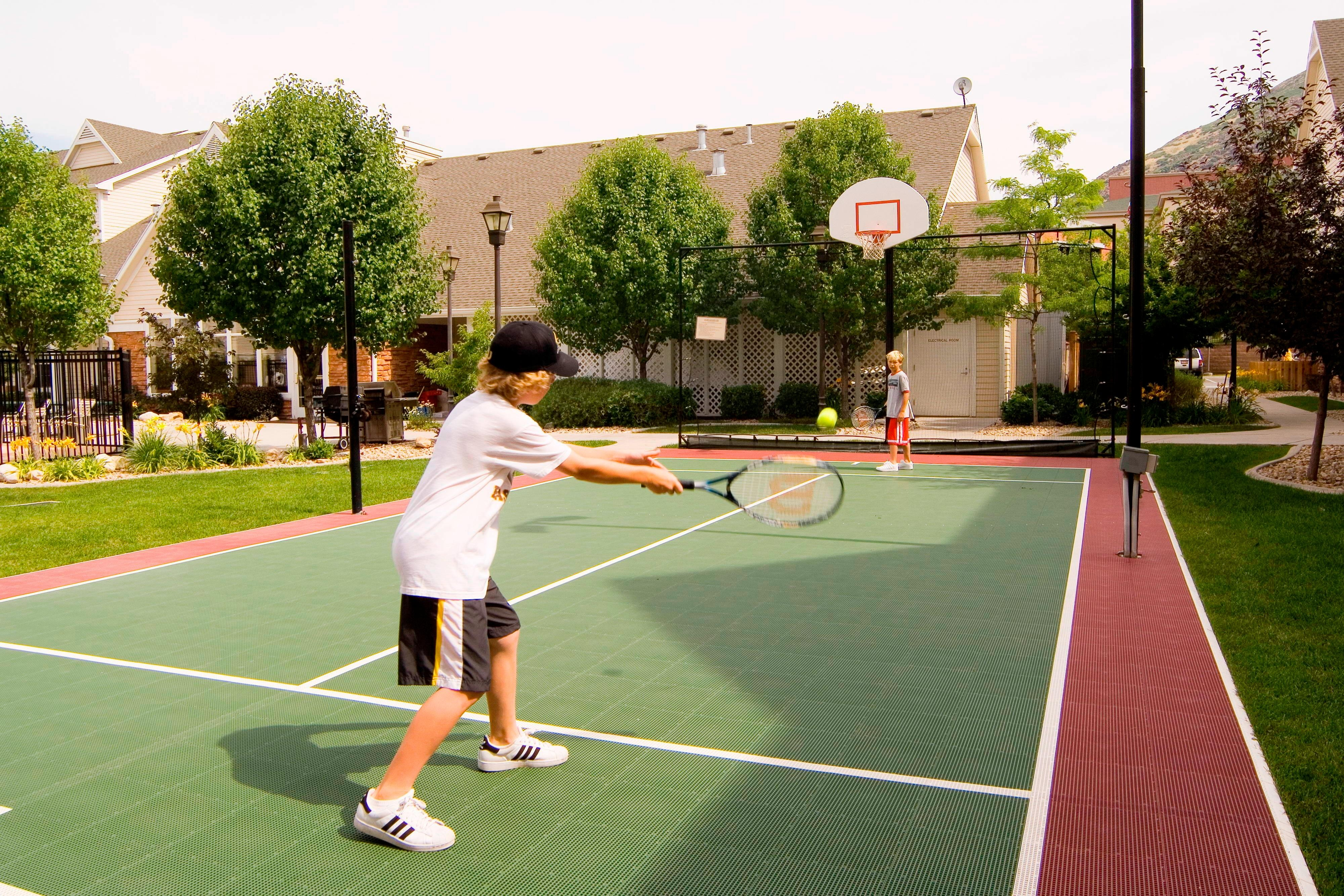 Tennis & Basketball