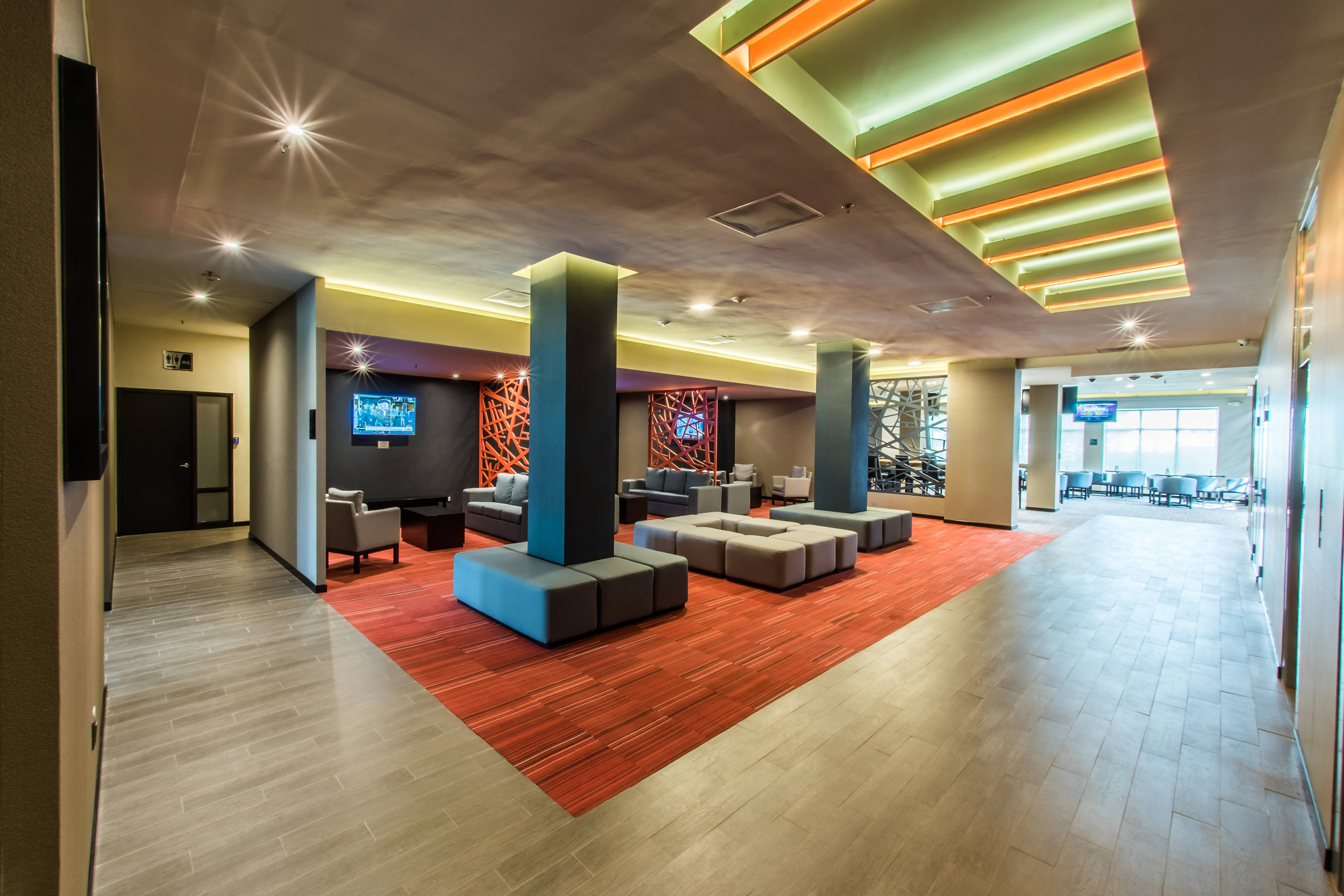 Lobby del Courtyard by Marriott San Luis Potosi