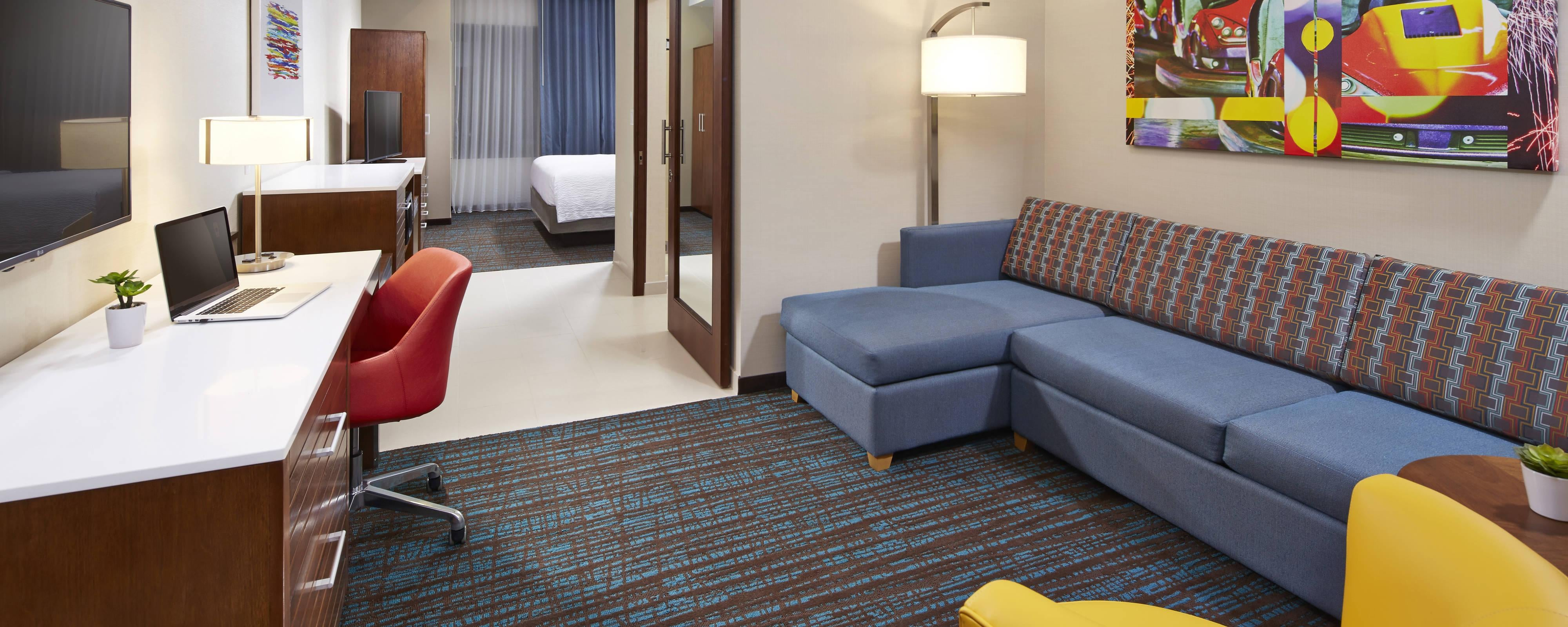 Springhill Suites at Anaheim Resort Studio King Suite