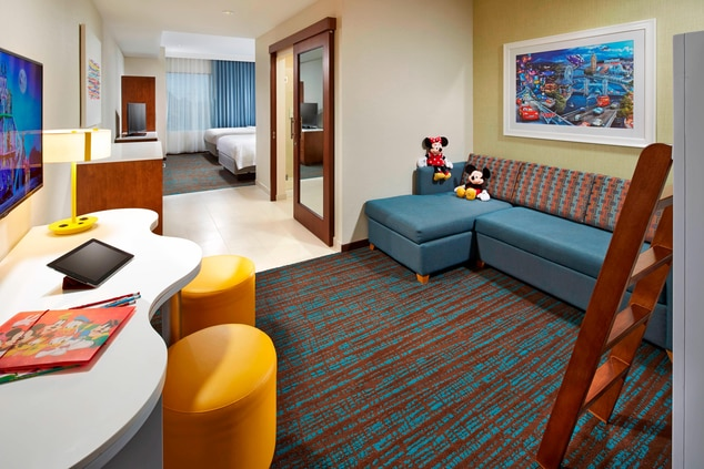 Springhill Suites at Anaheim Resort/Convention Center Kid's Suite Parlor View
