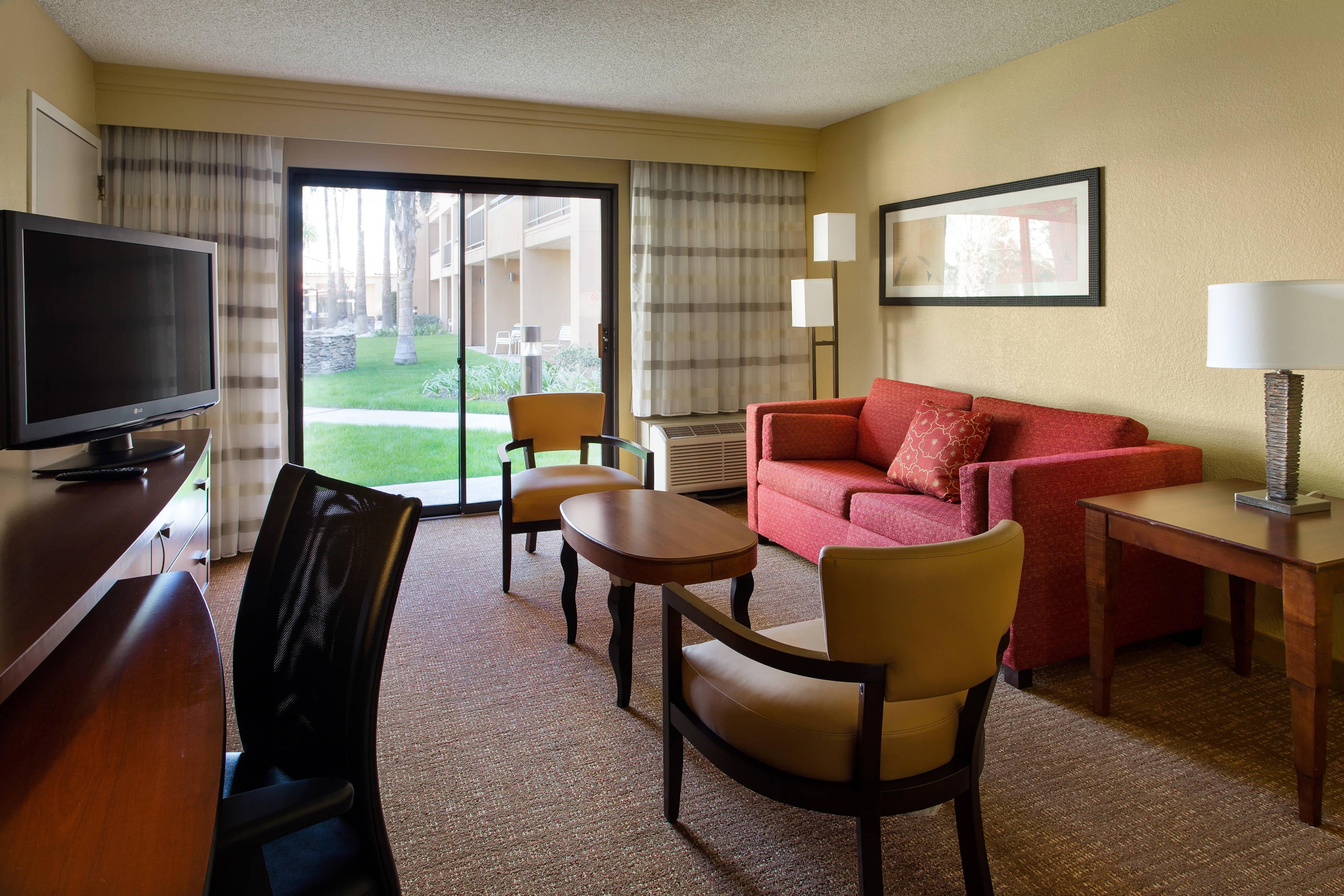 Marriott hotel near Knott's Berry Farm