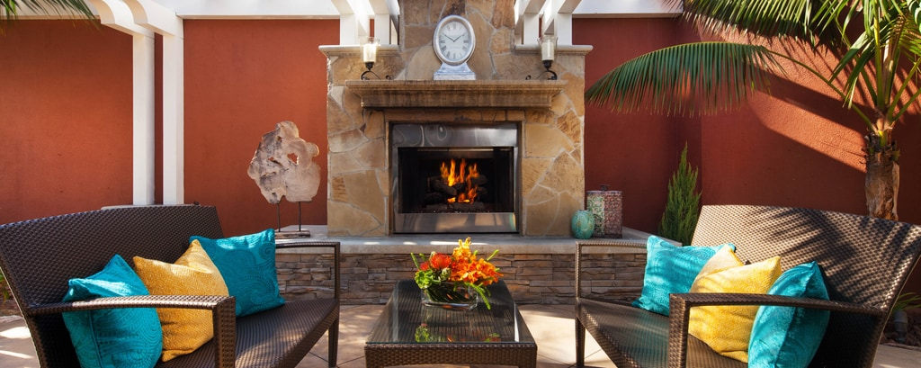 Dana Point Spa - Fireplace
