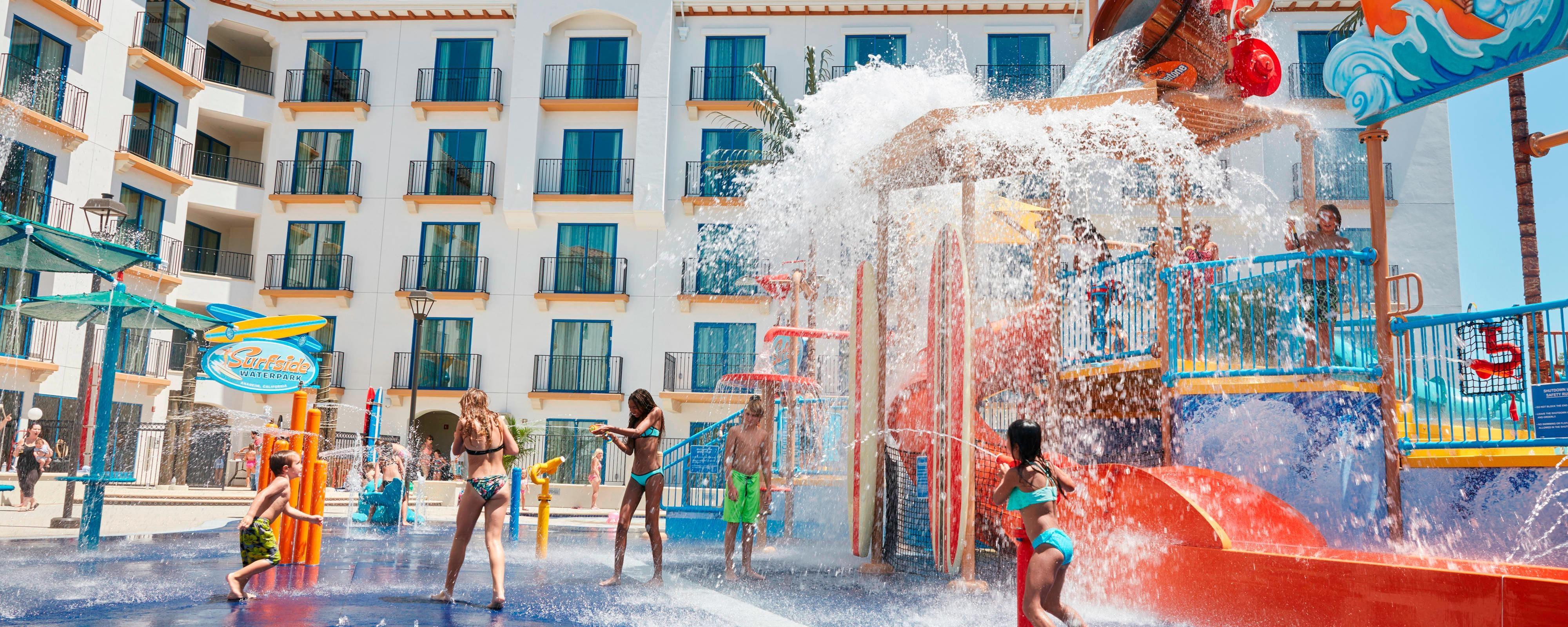 parques aquáticos em anaheim para famílias