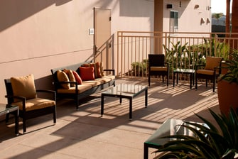 Outdoor Seating - Orange County hotels