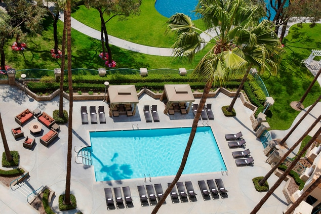 Outdoor Pool at Costa Mesa Marriott