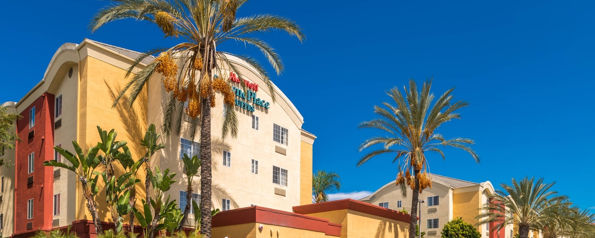 Hotel In Anaheim CA TownePlace Suites Anaheim Maingate Near Angel Cool 2 Bedroom Suites In Anaheim Ca Exterior Property