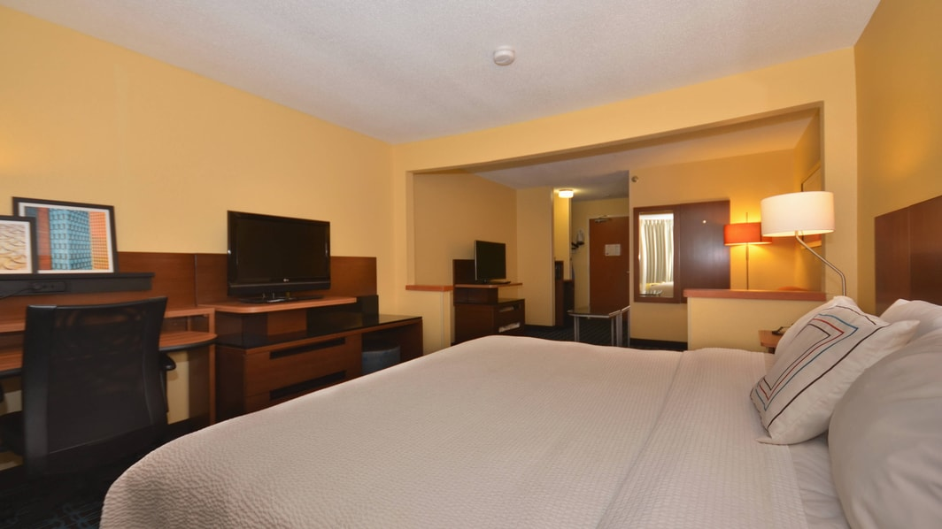 Executive King Suite Sleeping Area