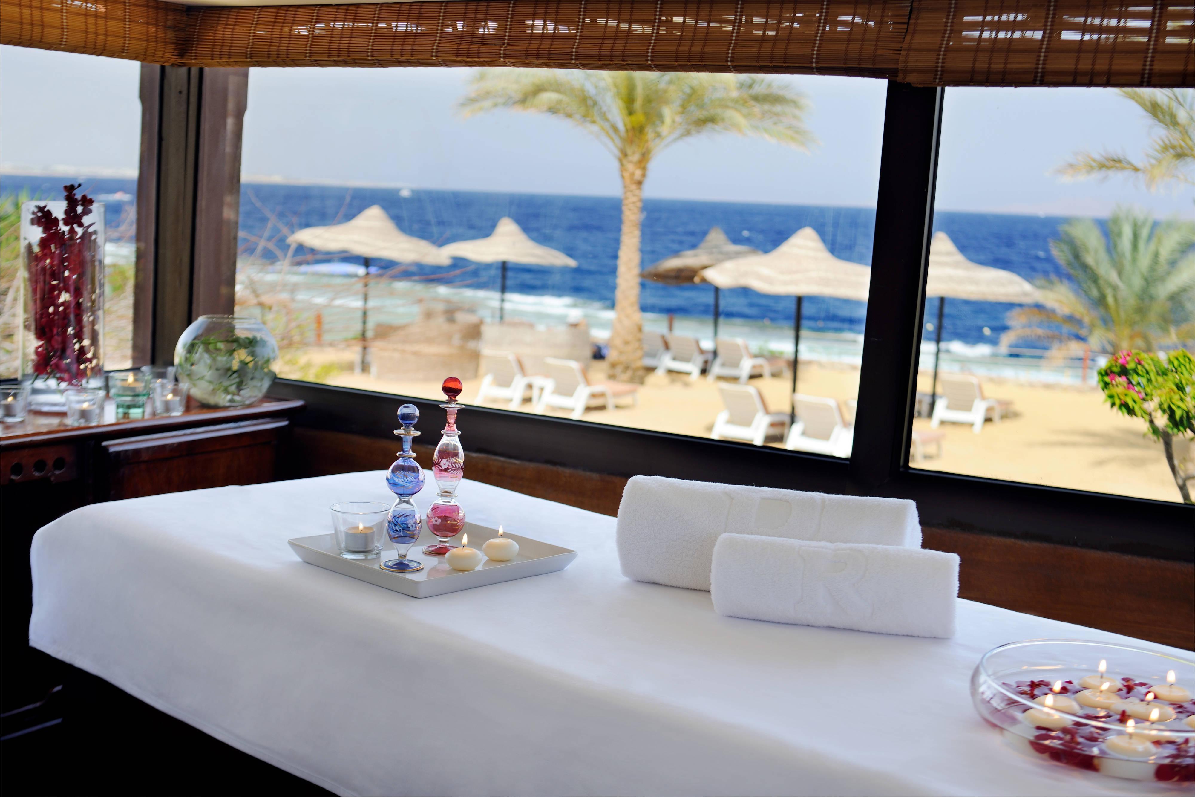 Renaissance Sharm El Sheikh Resort massage room