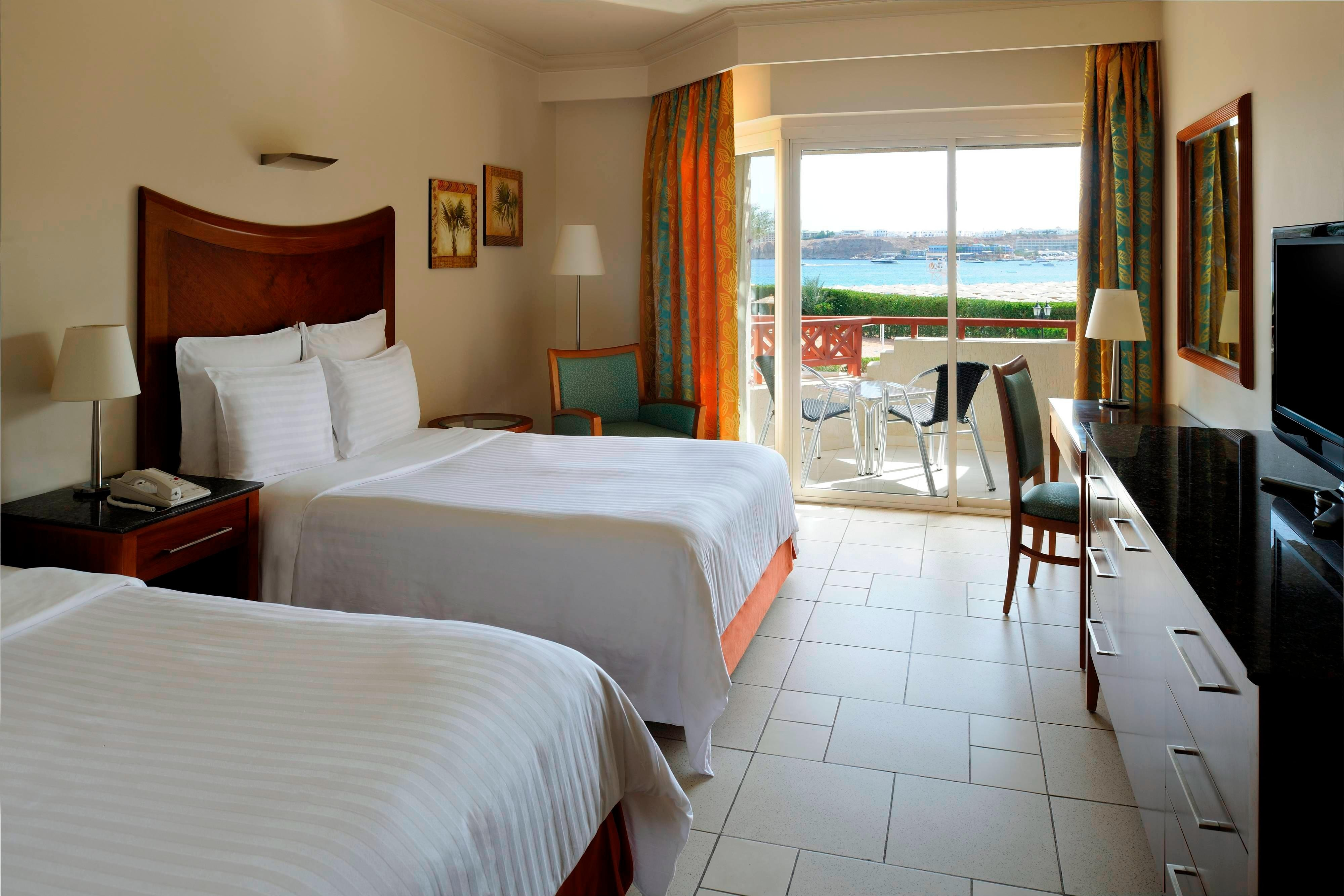 Double/Double Guest Room - Sea View