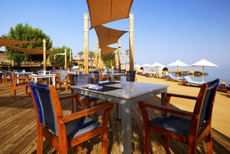 مطعم سيلز الشاطئي