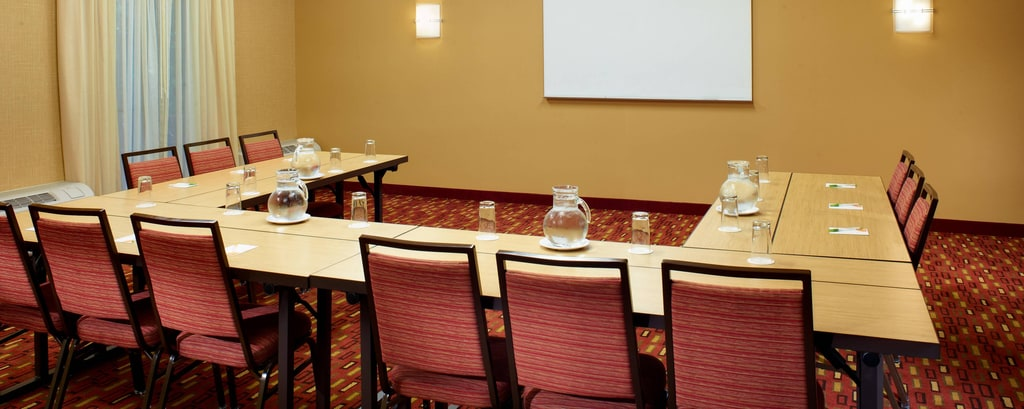 Courtyard St. Louis Creve Coeur Meeting Rooms
