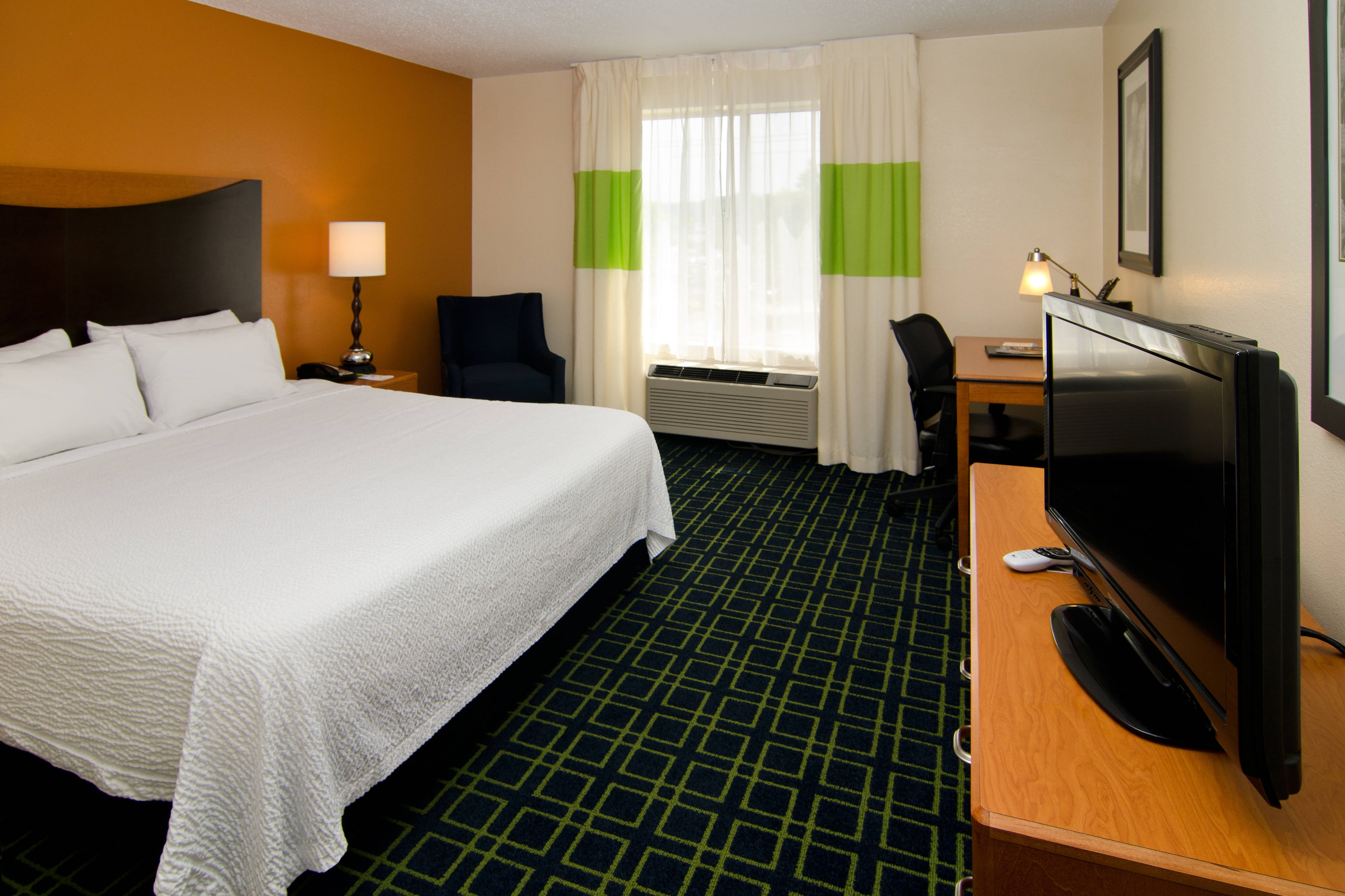Hotel Rooms Near Busch Stadium