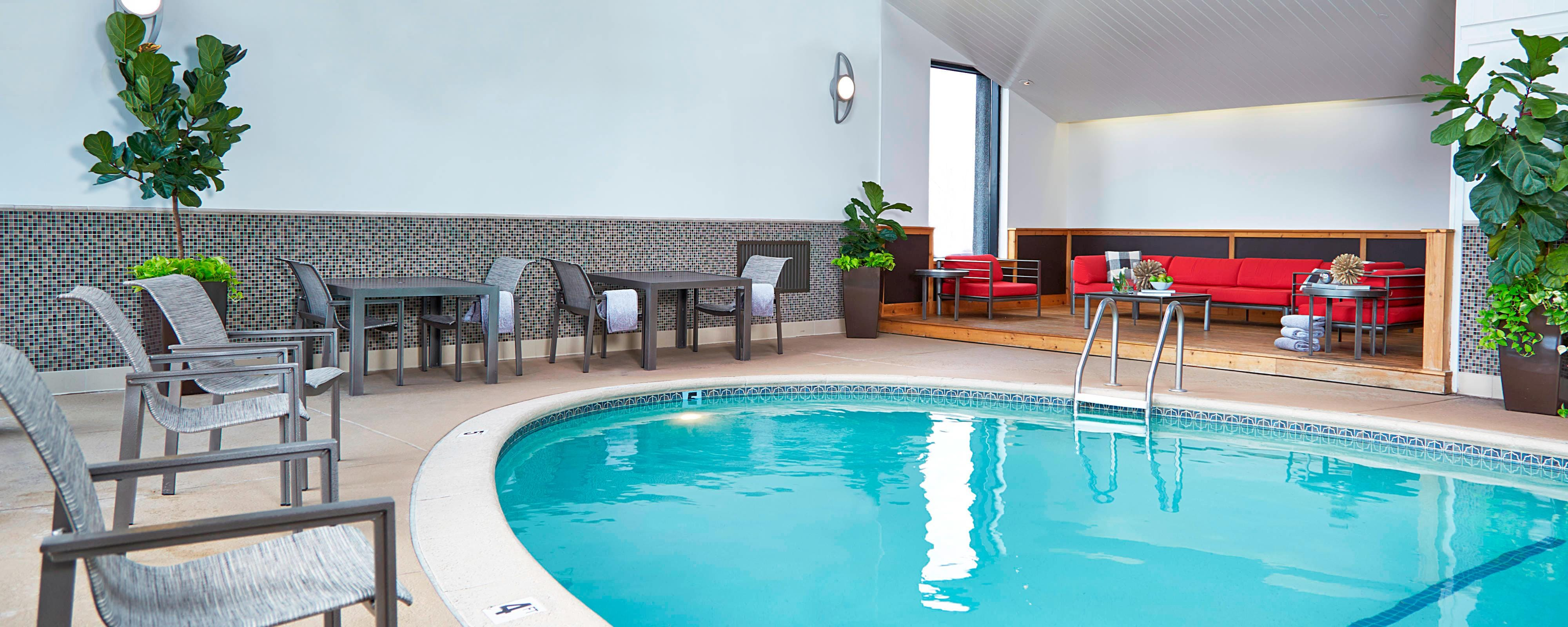 St Louis Mo Hotels With Indoor Pool Renaissance St Louis Airport Hotel