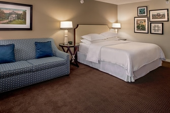 King Guest Room - Club Level