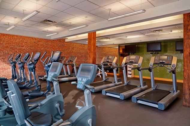 Hotels Near St. Louis Zoo Fitness Center
