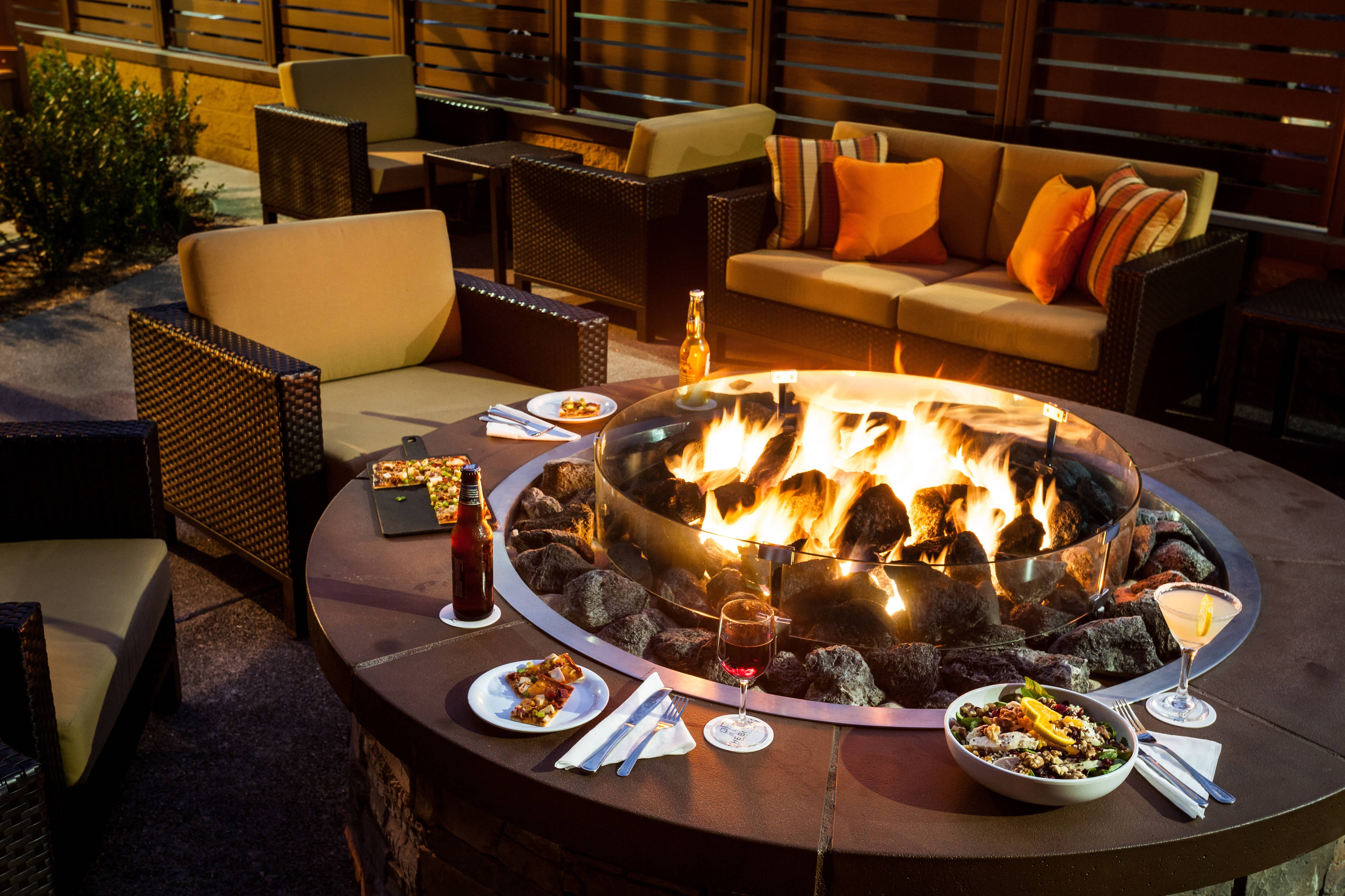 Courtyard by Marriott Santa Rosa Fire Pit