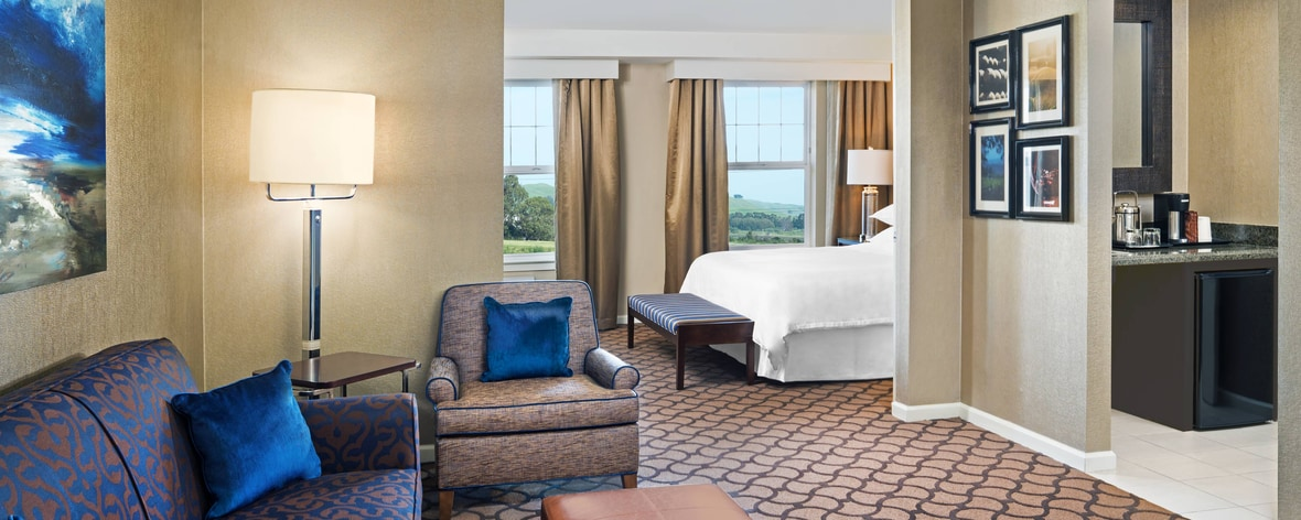 Suite Parlor con cama tamaño King