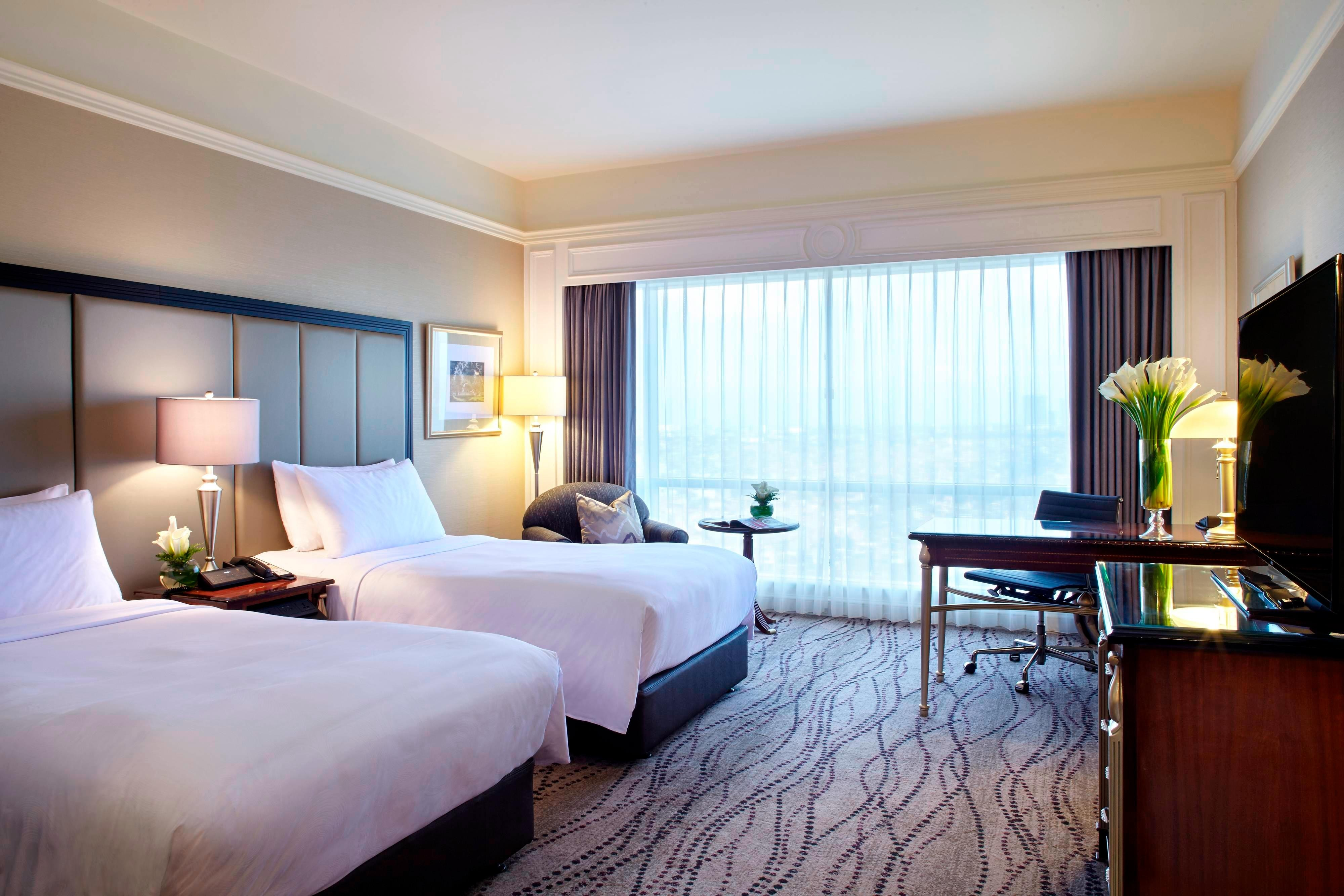 Surabaya Indonesia Hotel Accommodation Jw Marriott Voucher Rich Palace Deluxe Premium Executive Guest Room Twin Bed