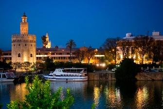 Sevilla histórica, Torre del Oro
