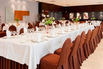 hoteles en Sevilla con salas para banquetes