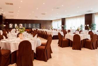 hotel in seville with banquet room