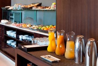Hotel en Sevilla que ofrece desayuno bufet
