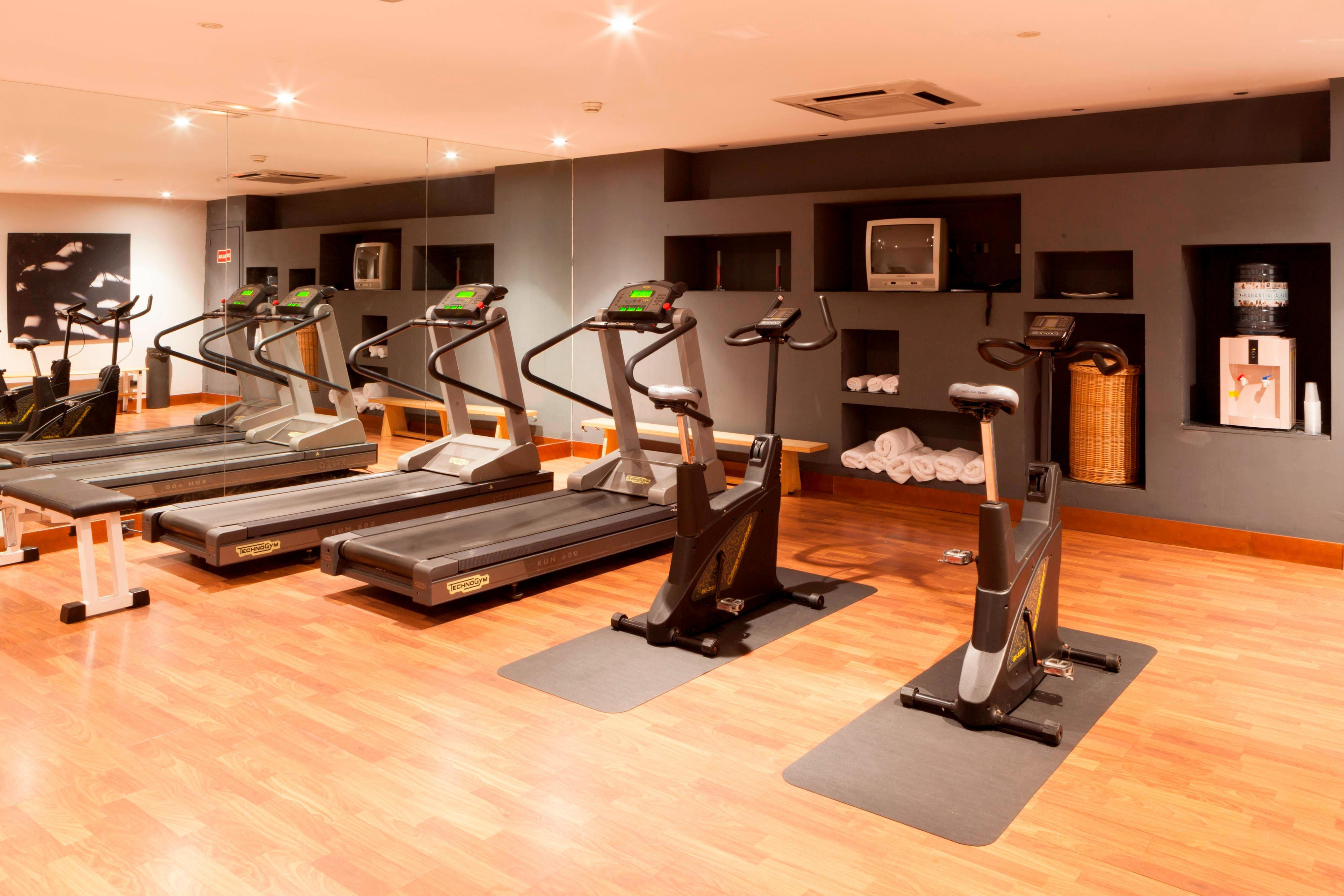 seville hotel with fitness center