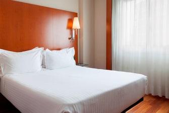 hotel de Sevilla con camas tamaño Queen