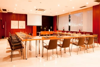 meeting rooms of ac sevilla forum