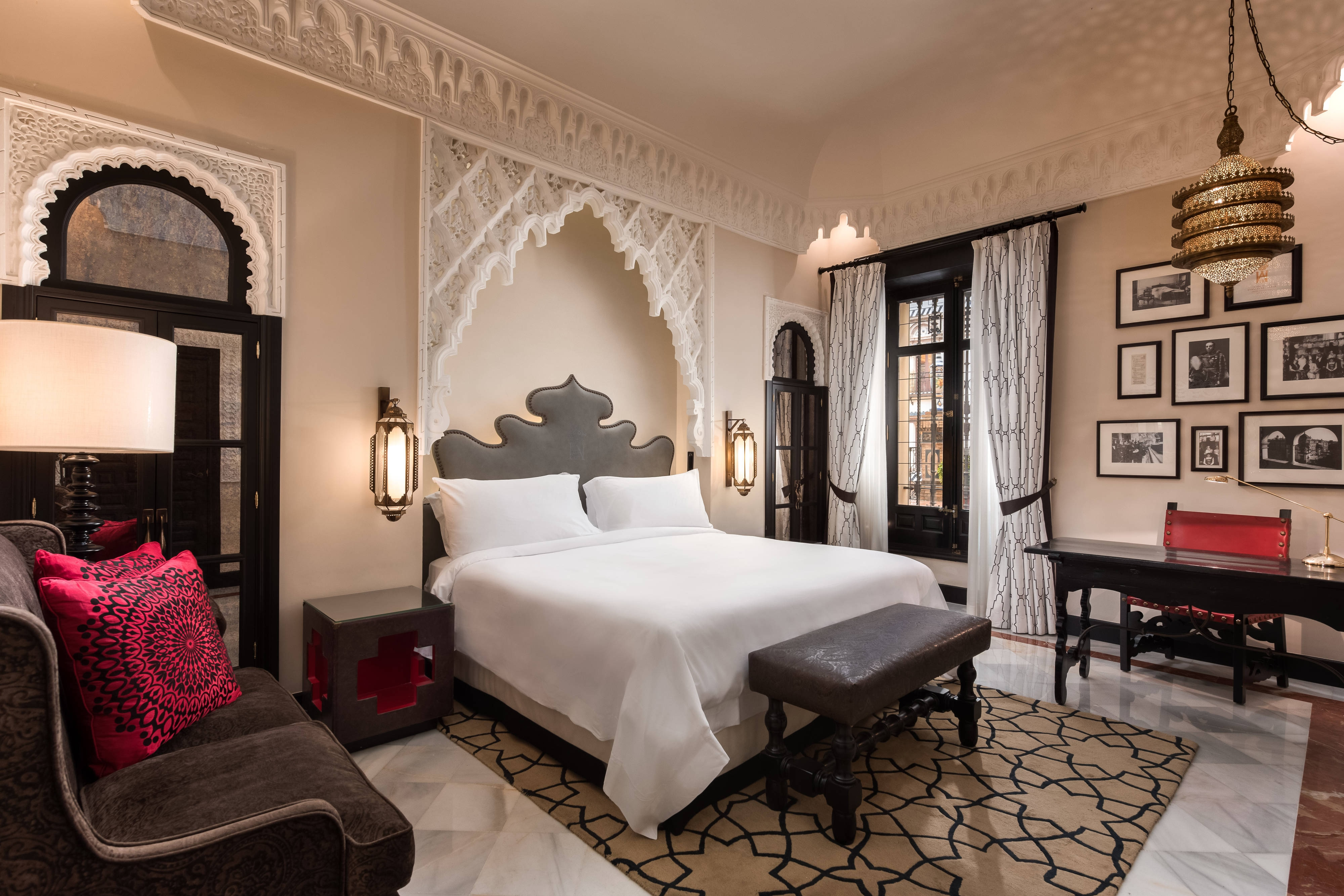 MOORISH STYLE GRAND DELUXE Room