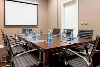 Sala de reuniones Consejo en el hotel