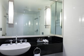 Sydney Harbour Hotel Bathroom