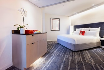 Sydney Harbour Bridge Hotel Room